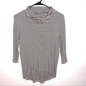 🌷5/$20 W5 Women's Striped Top